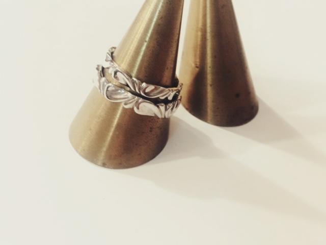月曜日の結婚指輪。